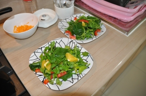 Watercress, spinach, navel orange and red bell pepper salad.